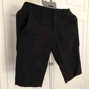 Dressy/suit Bermuda Vince, size 0